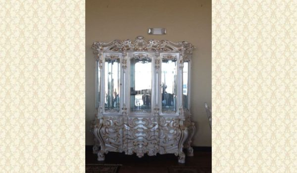 VICTORIAN DINING ROOM 755 With China-Buffet