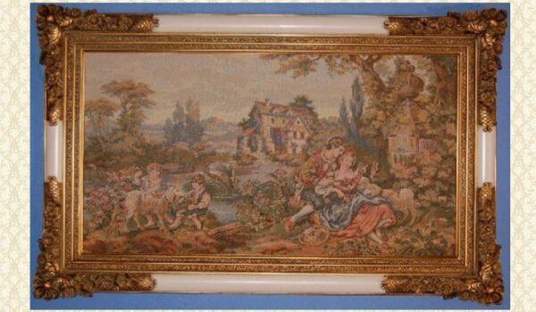 Tapestries & Frame YR40