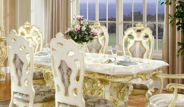 VICTORIAN DINING ROOM 755