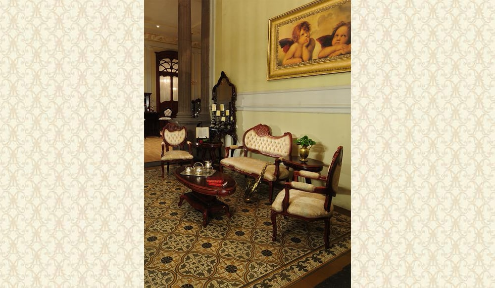 Victorian Living Room 550L