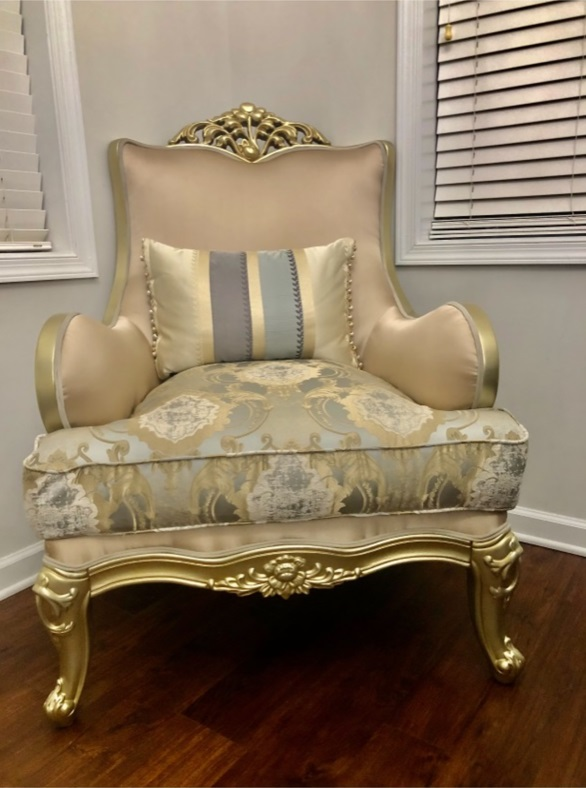 French Provincial Living Room G-632-2